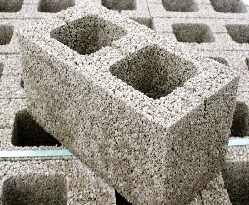О применении многослойных керамзитобетонных блоков заводского изготовления в стенах энергоэффективных зданий