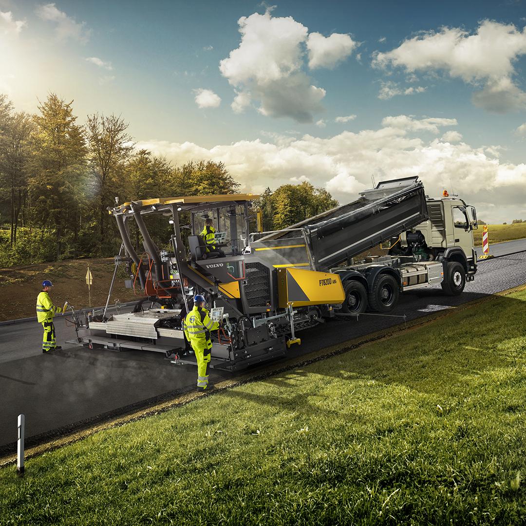 «Умные» функции техники Volvo для дорожного строительства