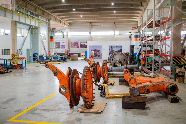 Hitachi CM восстановит компоненты техники на заводе в Японии