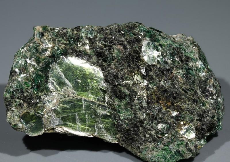 Зеленый пигмент в цементе снижает качество бетона