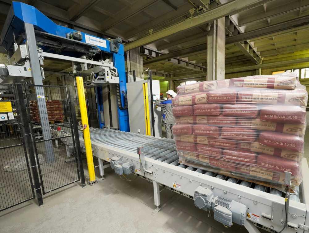 Автоматический упаковочный комплекс введён в экслуатацию на Топкинском цементном заводе