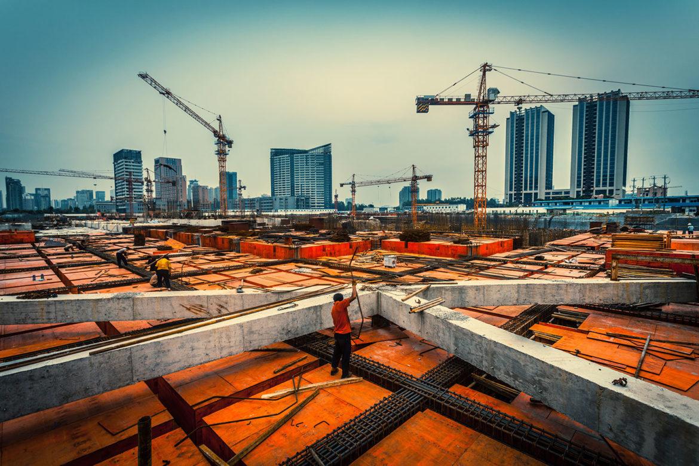 Минстрой планирует упростить порядок получения разрешений на строительство