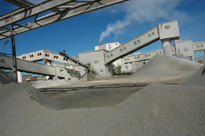 «Якутцемент» запустил производство щебня для дорожного строительства